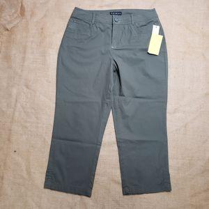 TRIBAL Flat Front Cropped Capri Pants NWT Size 4